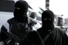 VOL DE LA MARCHANDISE AVEC RUSE ET STRATAGÈME CONSTITUE POUR LE TRANSPORTEUR UN CAS DE FORCE MAJEURE
